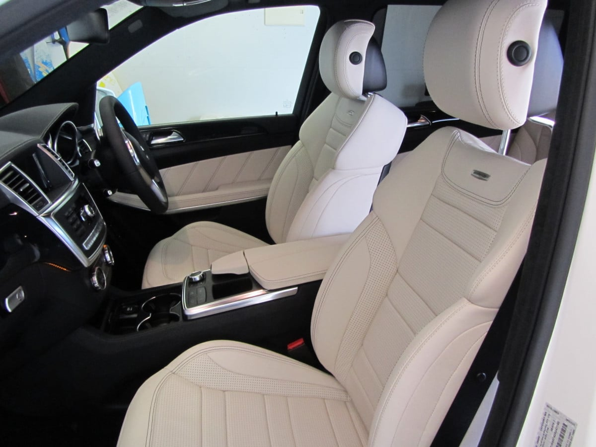 Leather Cleaning - Clean and protect a leather car interior