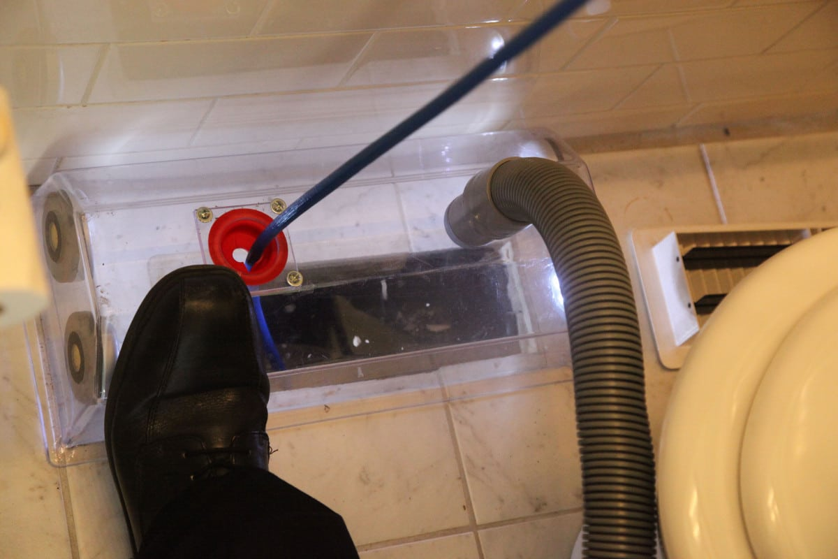 Duct cleaning Melbourne with a reverse skipper ball in a bathroom vent