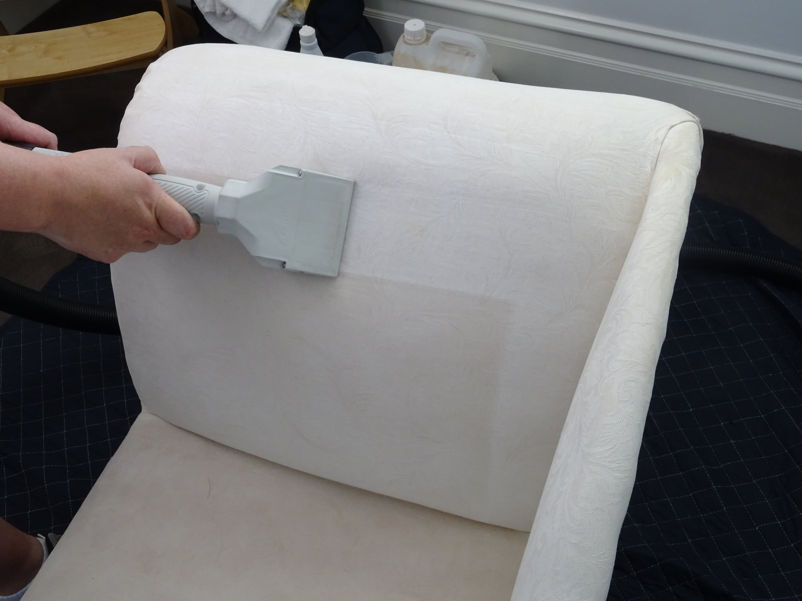 Upholstery cleaning Melbourne a Haitian cotton chaise with a low moisture upholstery steam cleaning tool